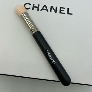 New AUTHENTIC CHANEL LARGE TAPERED BLENDIN…